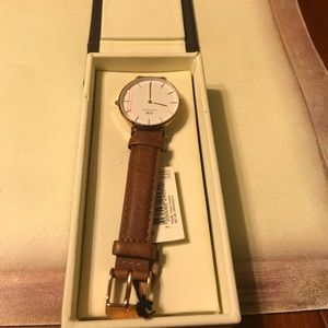 Daniell  Wellington lady watch